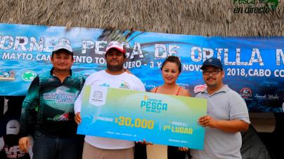 El pescador michoacano Reyes Piza Bonales, triunfa en torneo de pesca de Cabo Corrientes, Jalisco