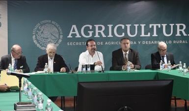 La mitad del presupuesto de la Conapesca destinado a apoyos para pescadores y acuacultores del país