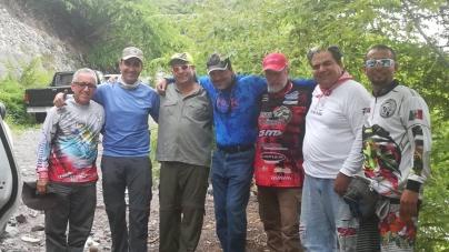 Lobinas de la presa Francisco J Múgica, en Michoacán