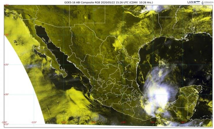 En el norte, sigue la lluvia, granizo, y descargas; posibles tornados en Coahuila, Nuevo León y Tamaulipas