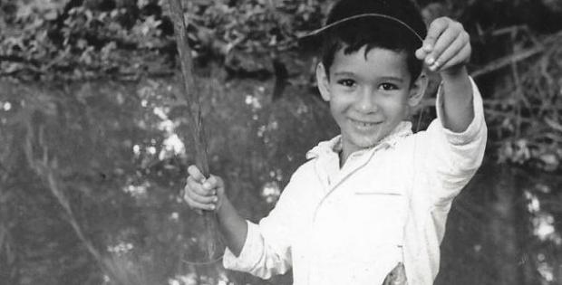 Mi primo Sergio Cortés Torres, y la captura de una mojarra castarrica (Cichlasoma urophthalma) en Suchilapan, Veracruz, en 1966