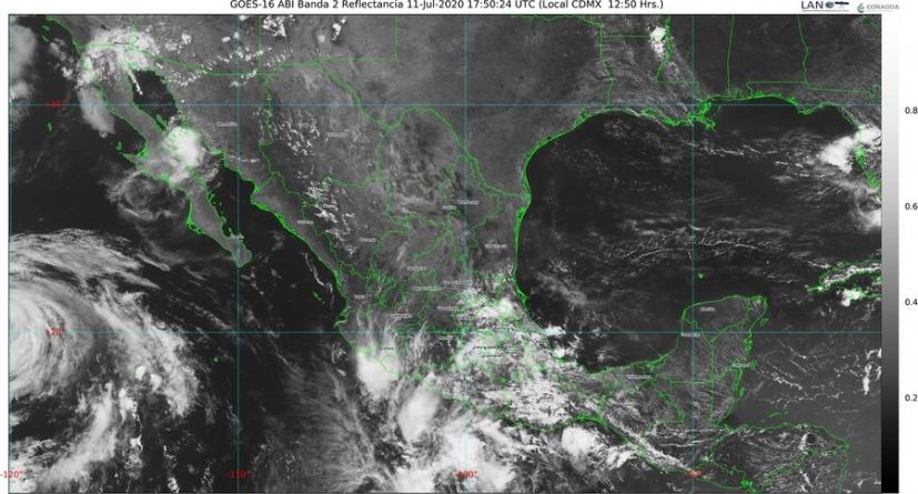 Siguen lluvias intensas con descargas eléctricas y granizadas para Chiapas, Guerrero y Oaxaca